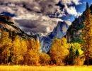 Yosemite national park . Autumn USA
